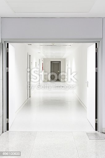 894029864istockphoto Hospital room 696100600