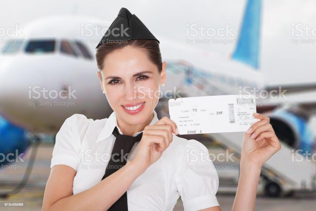 Hospitality hostess Vorlage eines Gutscheins – Foto