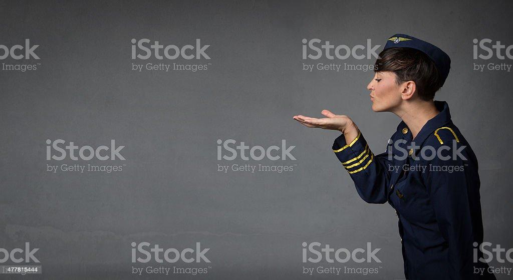 hostess Blasen Küsse mit offenen hand – Foto