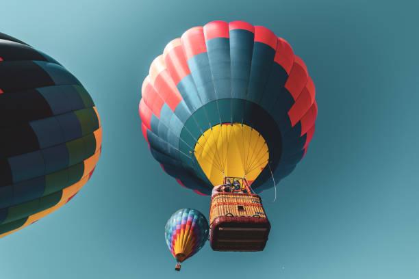 hot air balloon - empire state hot-air balloon festival 2018 - hot air balloon стоковые фото и изображения