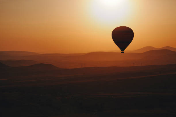 Hot Air Balloon Hot Air Balloon at sunset transvaal province stock pictures, royalty-free photos & images