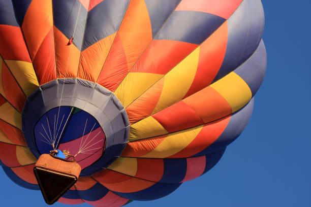 hot air balloon - hot air balloon стоковые фото и изображения