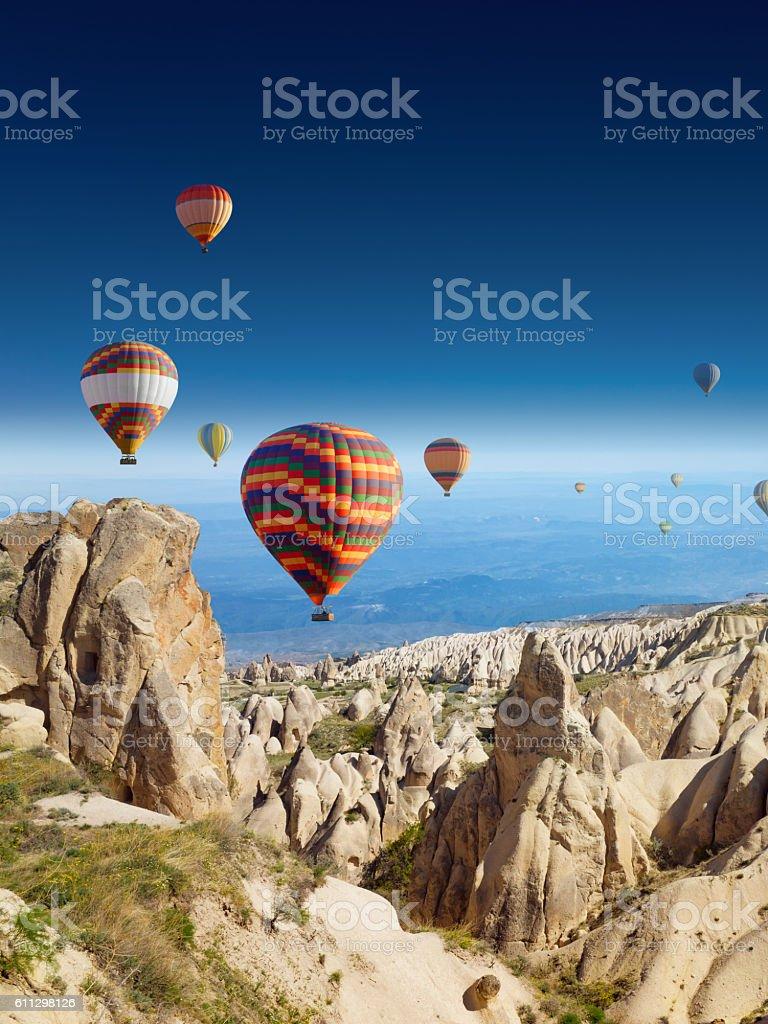 Hot air balloons en Capadocia - foto de stock