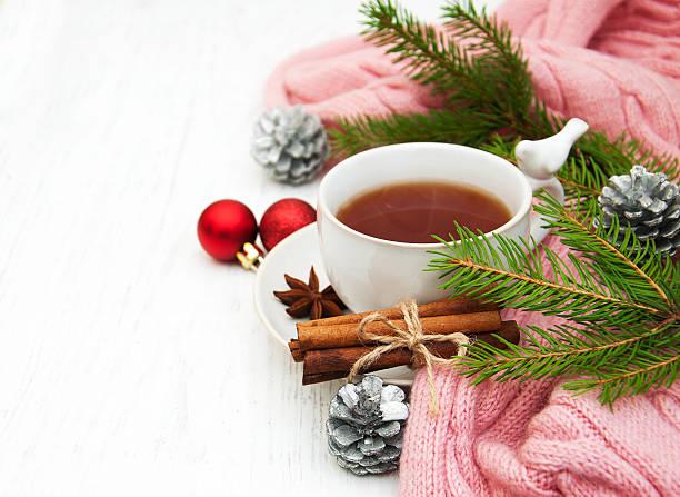 weihnachten-tee - schal mit sternen stock-fotos und bilder
