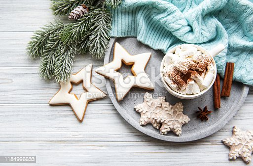 istock Hot cocoa and Christmas decorations 1184996633