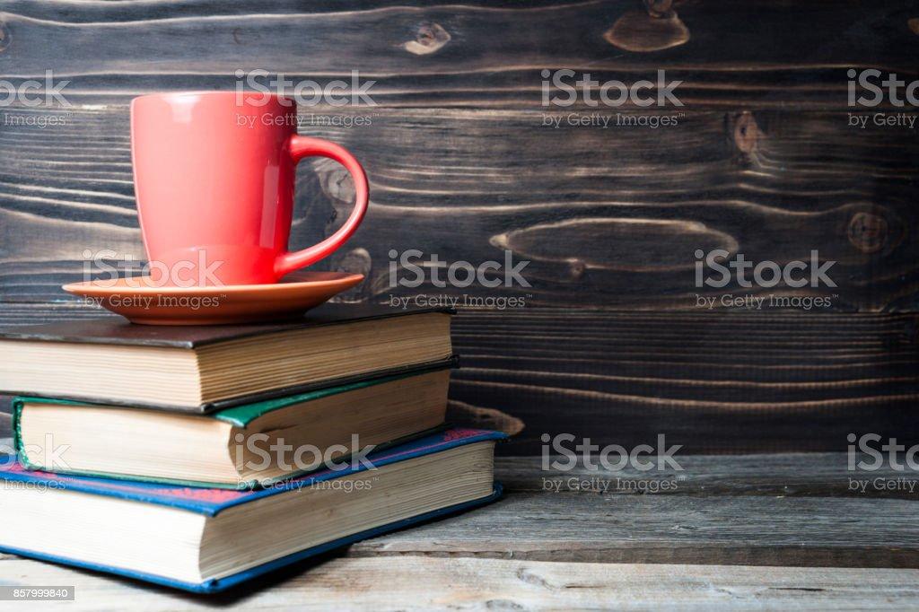 Heißen Kaffee oder Tee, Kakao, Schokolade Tasse auf Buch mit textfreiraum für text – Foto