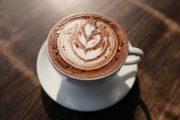 heißen espresso in honig - mocca stock-fotos und bilder