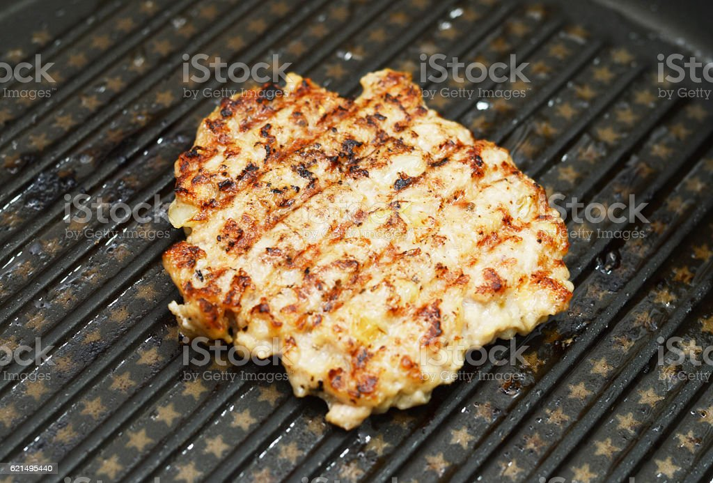 Hot Grilled  steaks are cooking on grill pan foto stock royalty-free