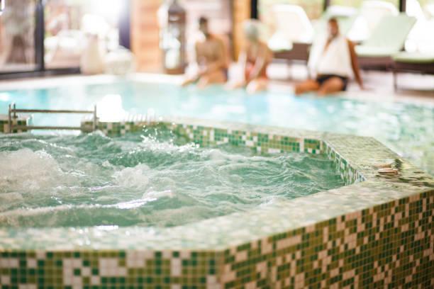 Whirlpool im Spa-Resort – Foto