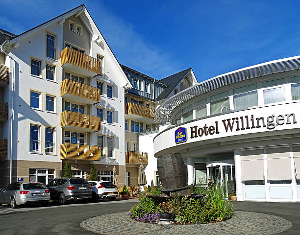 hotel best western plus in willingen (germany) - hotels in willingen stock-fotos und bilder