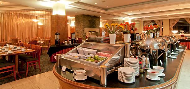 hotel-frühstücksbüfett - esszimmer buffet stock-fotos und bilder