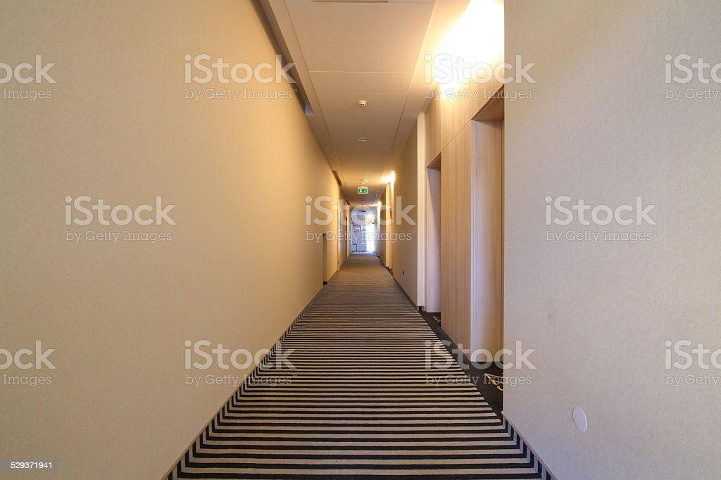 Hotel corridor stockfoto en meer beelden van afbeelding istock