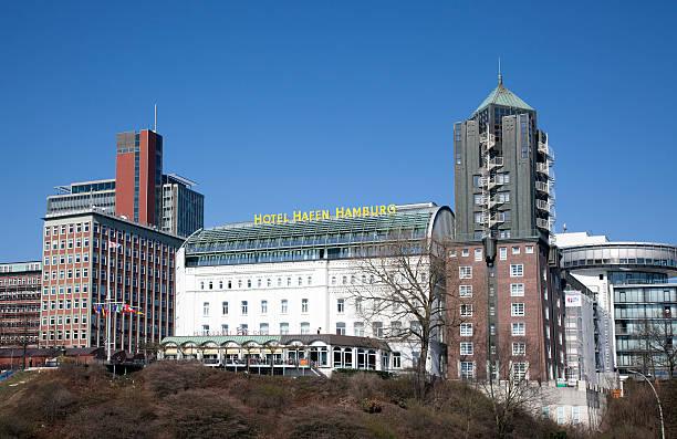 hotel-hafen hamburg, deutschland - hotel stadt hamburg stock-fotos und bilder