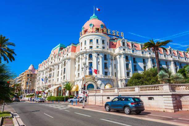 hotel negresco, restaurant le chantecler - nizza sehenswürdigkeiten stock-fotos und bilder