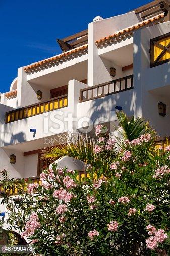 946294510 istock photo Hotel on the beach 467990478