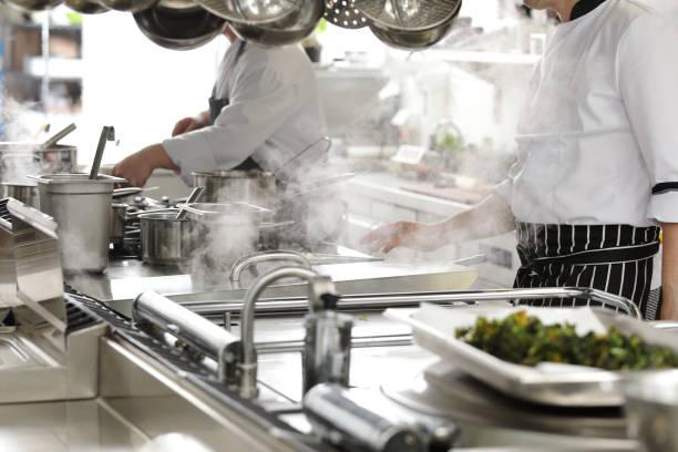 hotel or restaurant kitchen cooking – zdjęcie