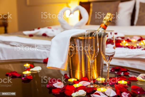 Hotel room for a honeymoon picture id956322486?b=1&k=6&m=956322486&s=612x612&h= gjdftheotwqsfcp1p7kmkfkdmyjg39djvwpexsst1s=
