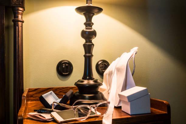 a hotel room night stand - alexander farnsworth bildbanksfoton och bilder