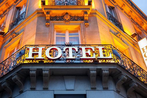 Hotel Znak - zdjęcia stockowe i więcej obrazów 2015
