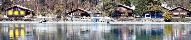 hotels am lake mit einem wunderschönen reflexion, interlaken, swit - hotel bern stock-fotos und bilder