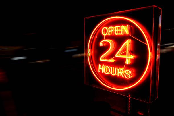 25 hours neon sign. - comodità foto e immagini stock