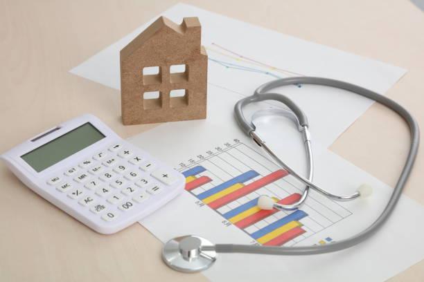 ev ve stetoskop - グラフ stok fotoğraflar ve resimler