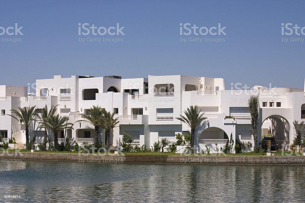 Maison et la mer photo libre de droits