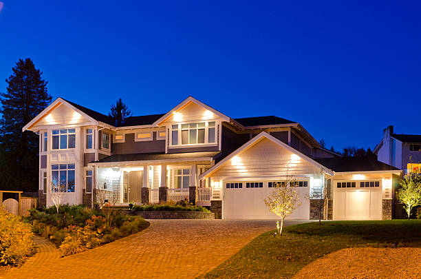House at dusk. Luxury house at dusk in Vancouver, Canada. stone house stock pictures, royalty-free photos & images