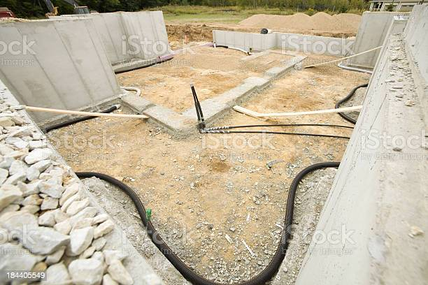House Basement Radon Mitigation System Stockfoto en meer beelden van Bescherming