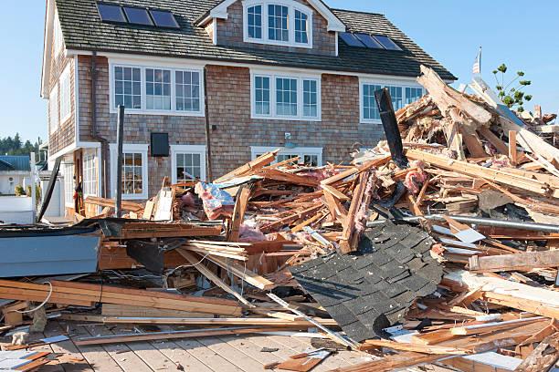 Haus abgerissen und schaffen Sie Platz für neue – Foto