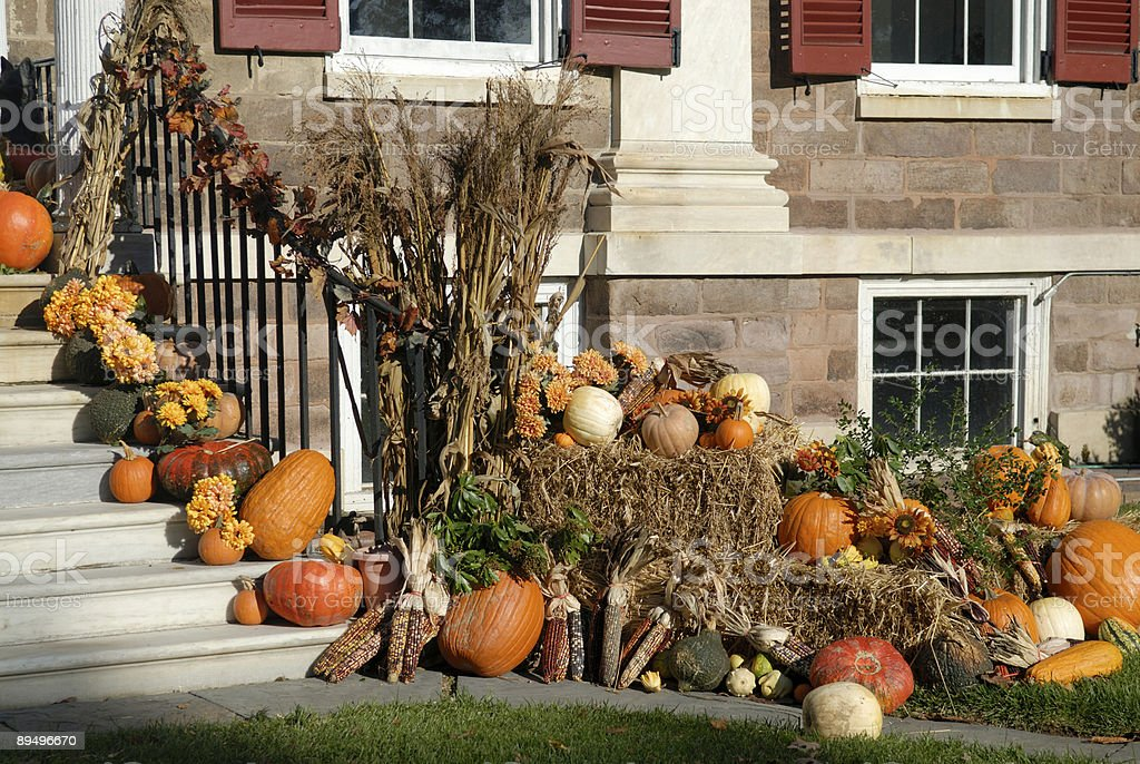 House Decorated with Fall Crops royalty free stockfoto