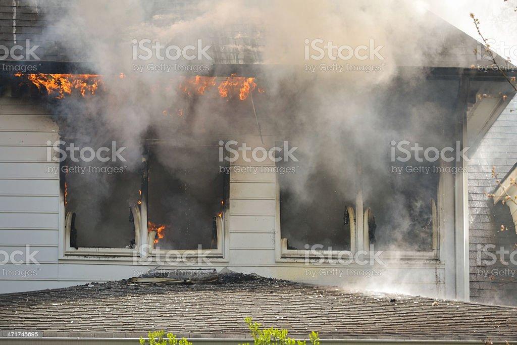 Casa de incendios - foto de stock