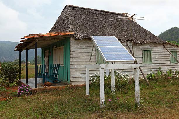 Haus in Kuba mit solar-panel – Foto