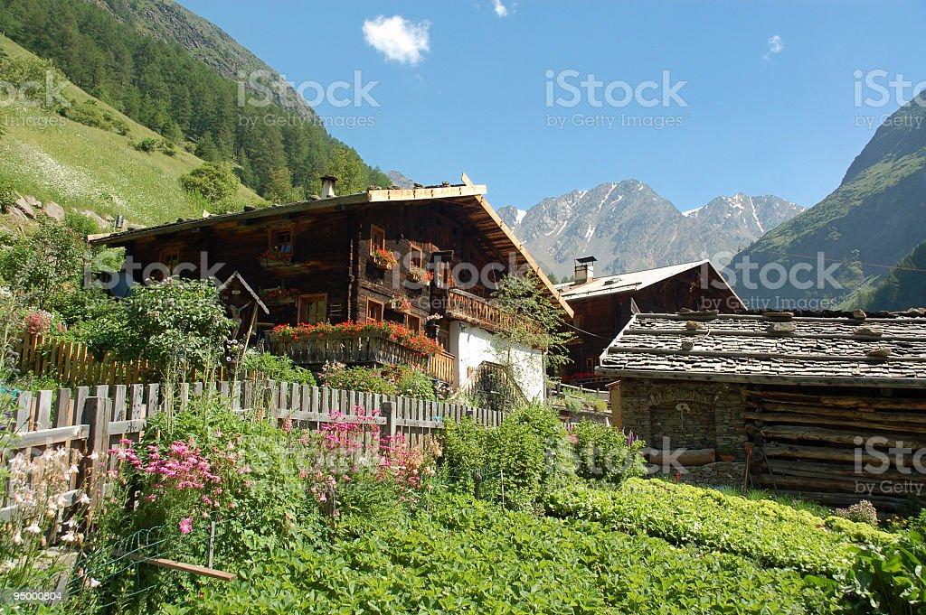 Haus in den Bergen – Foto