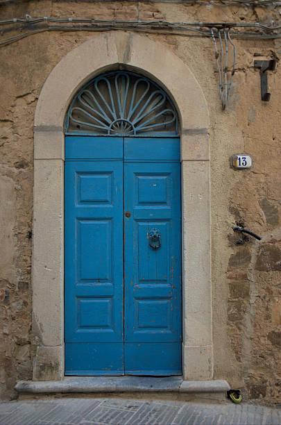 house Zahl 13 – Foto