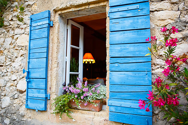 house of small typical town in provence, france - maison provencale photos et images de collection