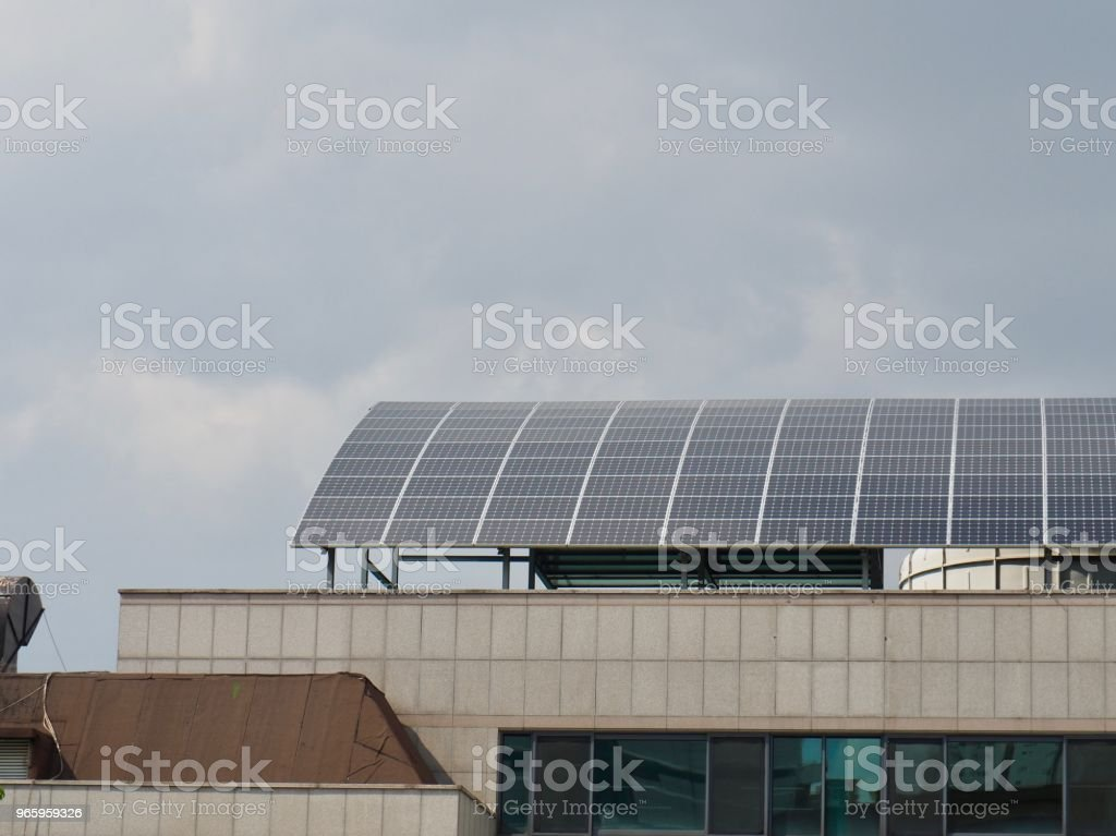 Hausdach mit Solar-Panel in Korea - Lizenzfrei Alternative Energiequelle Stock-Foto