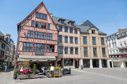 House with half-timbered construction technology