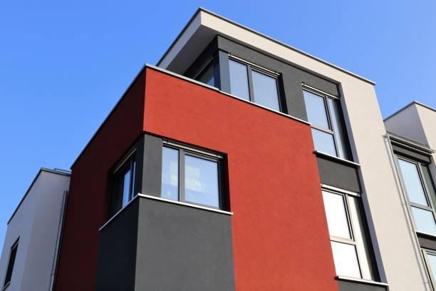 casa con fachada moderna - fachada arquitectónica fotografías e imágenes de stock