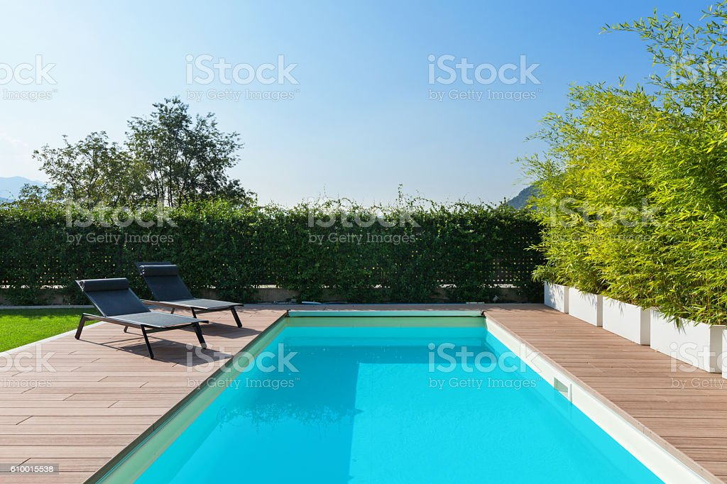 House with swimming pool, outdoors – Foto