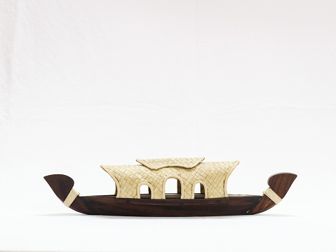 miniature statue of a houseboat found in kerala backwaters