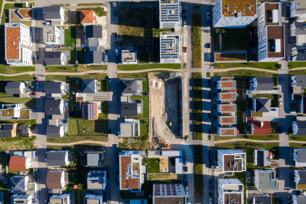 Häuser und Mehrfamilienhäuser von oben – Foto
