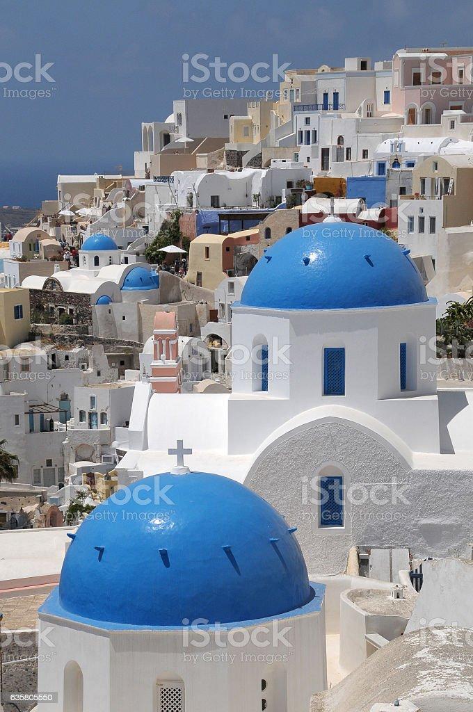 Houses and chapels in Santorini - foto de stock