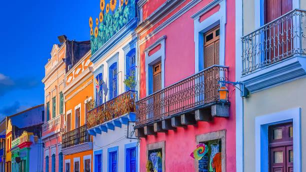 Häuser und Farben der Stadt Olinda – Foto