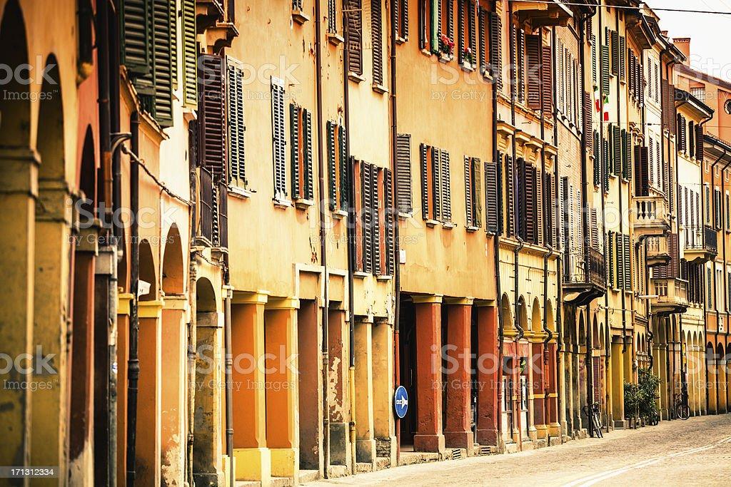 Häuser und Straßen von Bologna, Italy – Foto