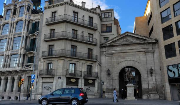 houses of lleida city at catalonia spain - lleida стоковые фото и изображения