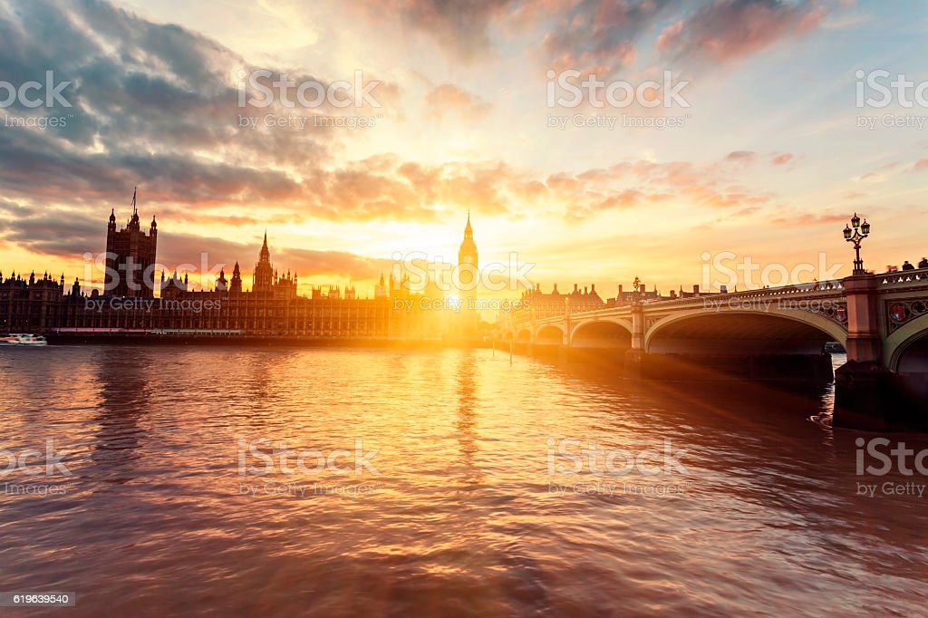 Houses of Parliament and Westminster Bridge at sunset in London – Foto