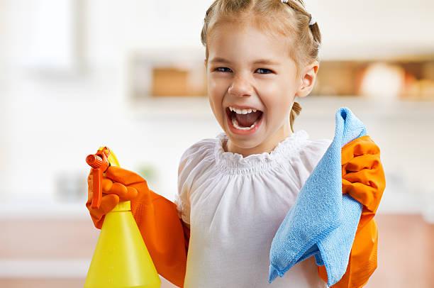 ama de casa - tarea doméstica fotografías e imágenes de stock