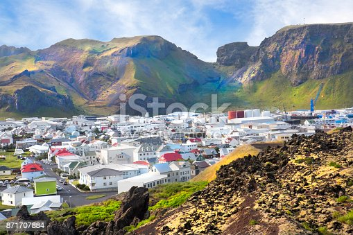istock Housing community on  Westman Islands (Vestmannaeyjar), Iceland 871707884