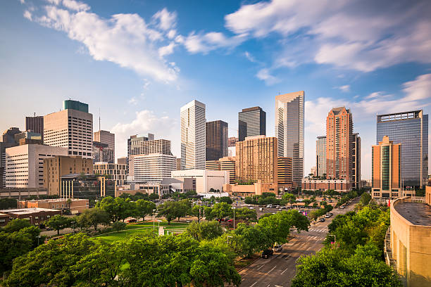 la ville de houston, au texas - paysage urbain photos et images de collection